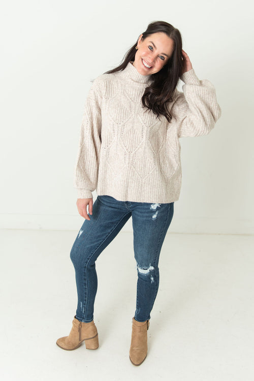 Susan Boxy Cable Knit Sweater Cream