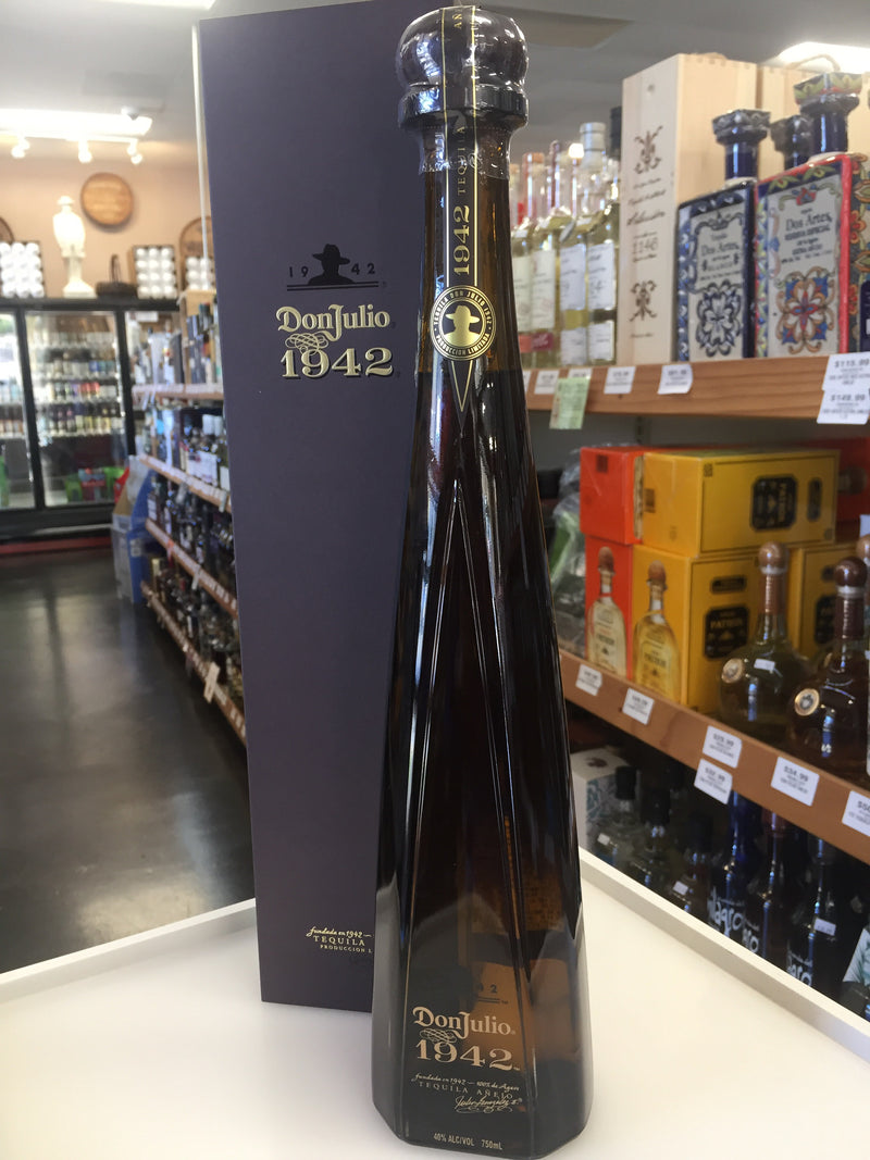 DON JULIO ANEJO 1942