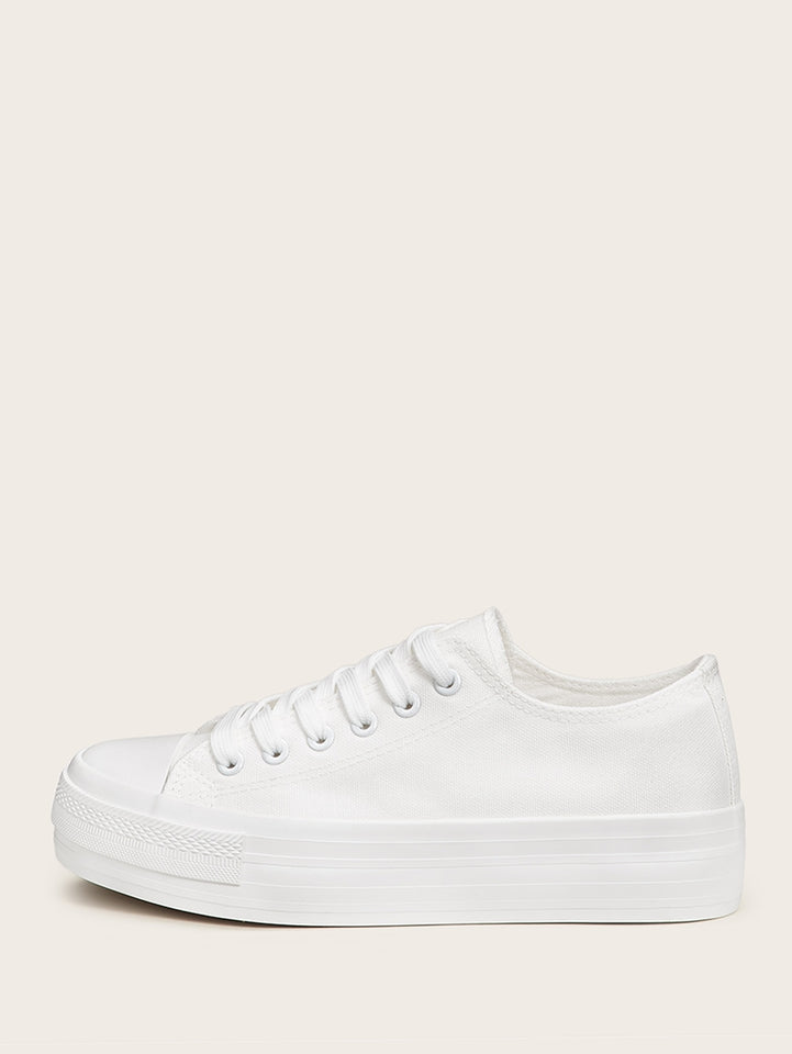 Plain Lace-up Low Top Sneakers [chicberri]