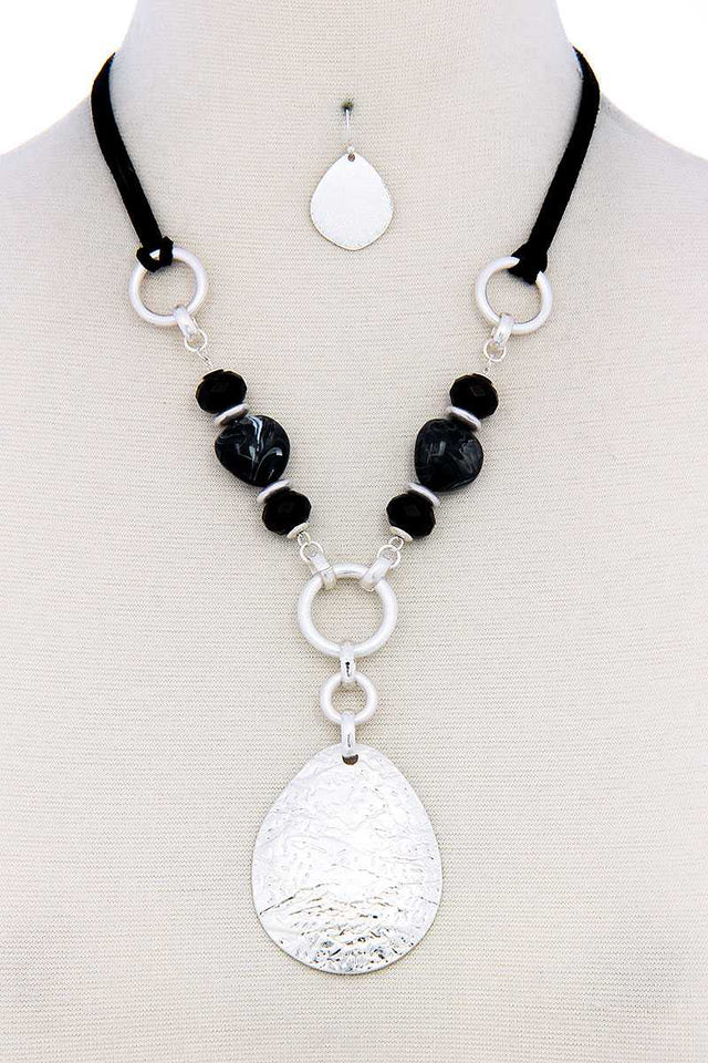 Chic Bead Fashion Pendant Necklace And Earring Set [chicberri]