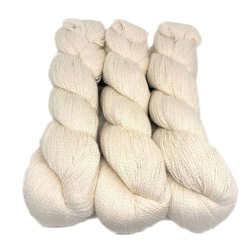 Illimani Sabri yarn in Bone