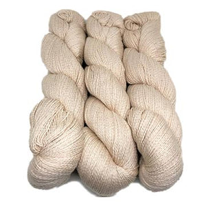 Illimani Sabri yarn in Cream