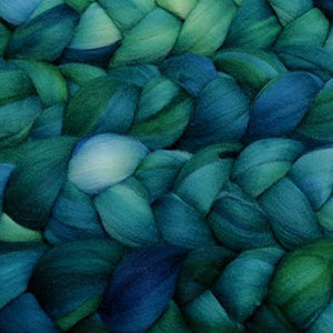 Malabrigo Nube Roving yarn in Solis