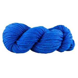 a skein of Manos maxima in Royal