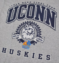 Vintage UCONN Huskies 1999 Final Four Shirt Size Medium