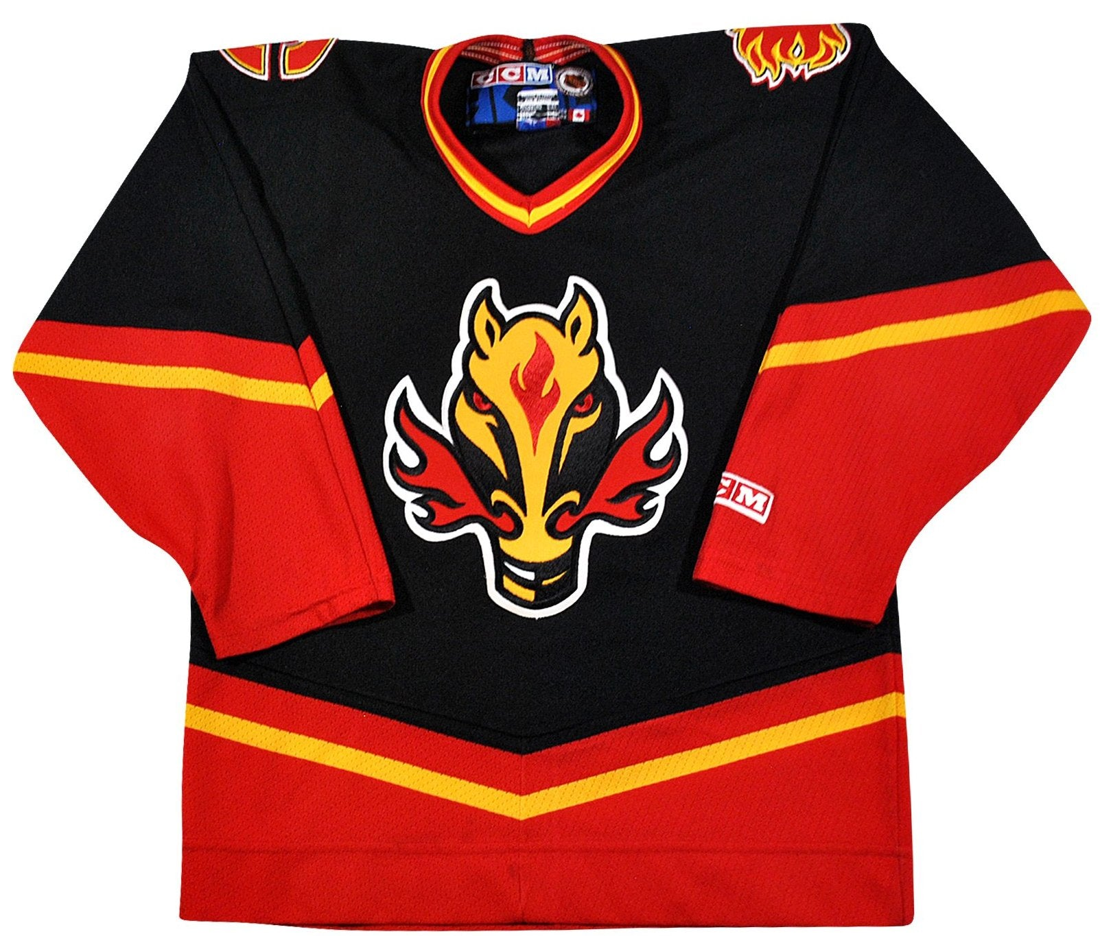 online retailer a7a08 b4ff4 Vintage Calgary Flames Jersey Size Youth Large