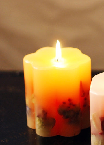 Botanical Scallop Lemon Candle - Goldenspirits Candle Works