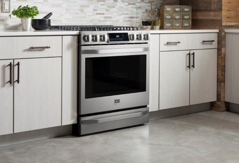 LG LSSG3016ST 6.3 Cu. Ft. Gas Single Oven Slide-in Range with ProBake Convection in Stainless Steel