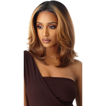 Load image into Gallery viewer, NEESHA 201 SOFT & NATURAL Lace Front Wig