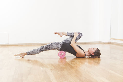 hip flexor stretch with foam roller