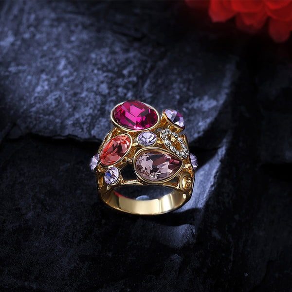 Luxury Ring with Crystal from Swarovski beautyleesh.com
