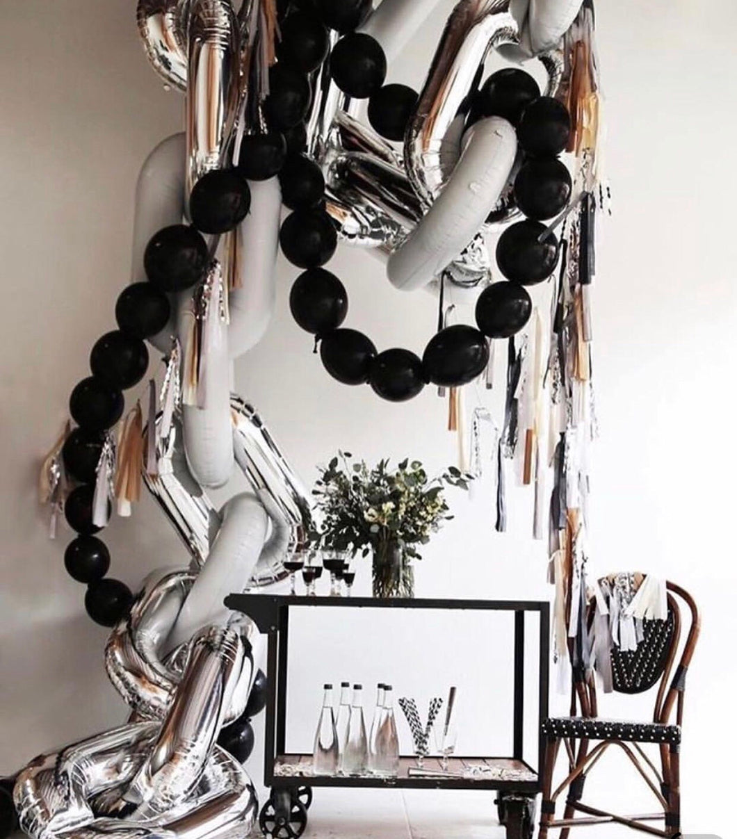 Black linking latex balloons