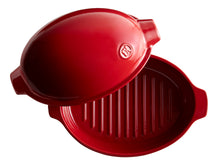 Emile Henry Small Roaster Color: Burgundy