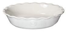 Emile Henry USA Modern Classic Pie Dish (Irregular) Modern Classic Pie Dish (Irregular)