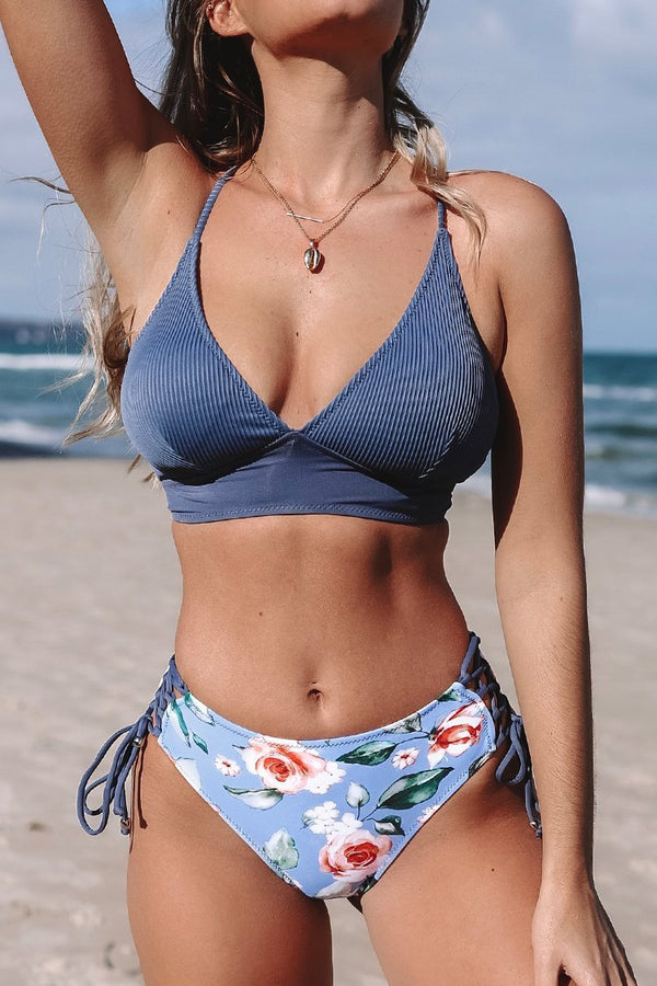 Triangel-Bikini-Set mit Schnürung in blau