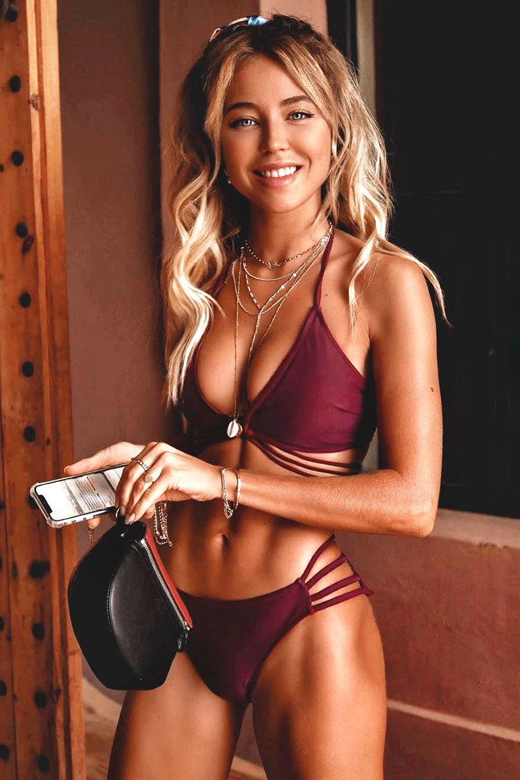 Maroon Riemchen Neck-Holder Bikini