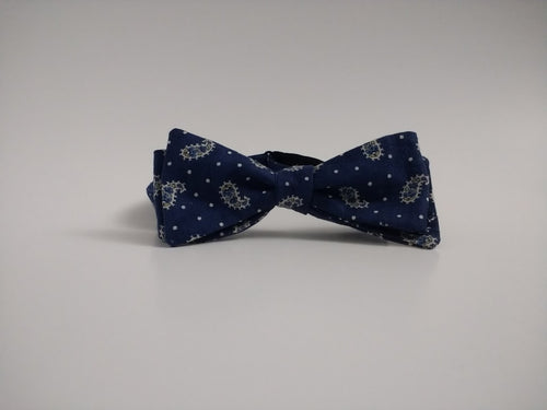 Grand Traverse Bay Bowtie