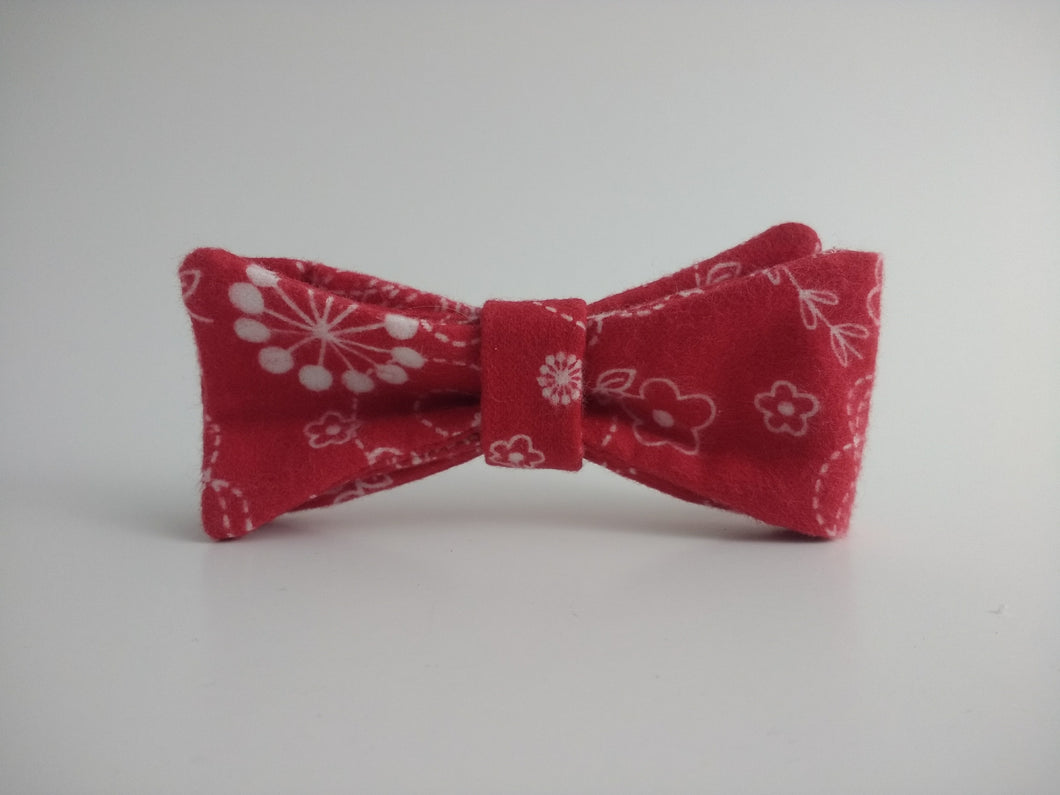 Kimberbell Flannel Baby Bowtie (red)