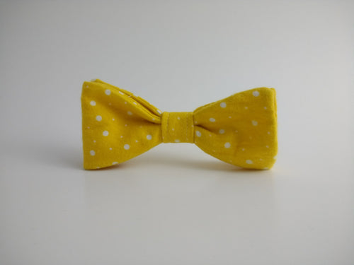 Kimberbell Flannel Baby Bowtie (yellow)