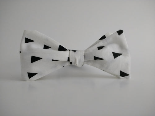 Penned Pals Bowtie