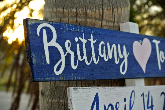 Nautical Beach Directional sign, Wood Arrow Signage for Wedding, Destination Location Sign.-iDecor4you