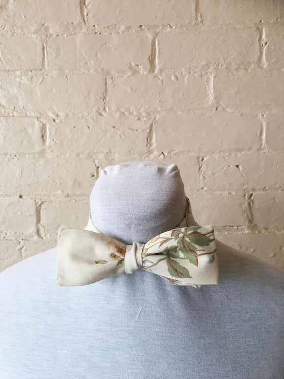 Bow Tie - Simple Floral