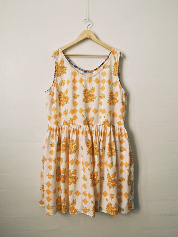Down The River Dress - Size 24