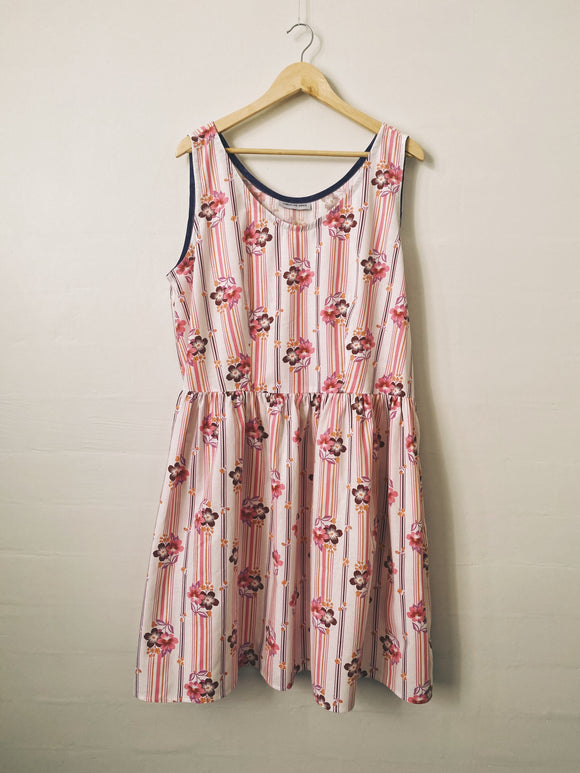 Down The River Dress - Size 22