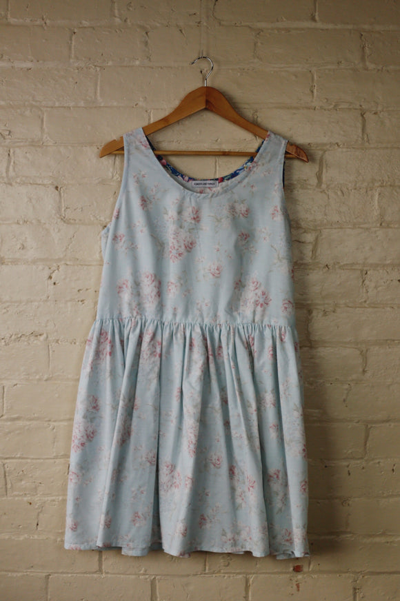 Down The River Dress - Size 18