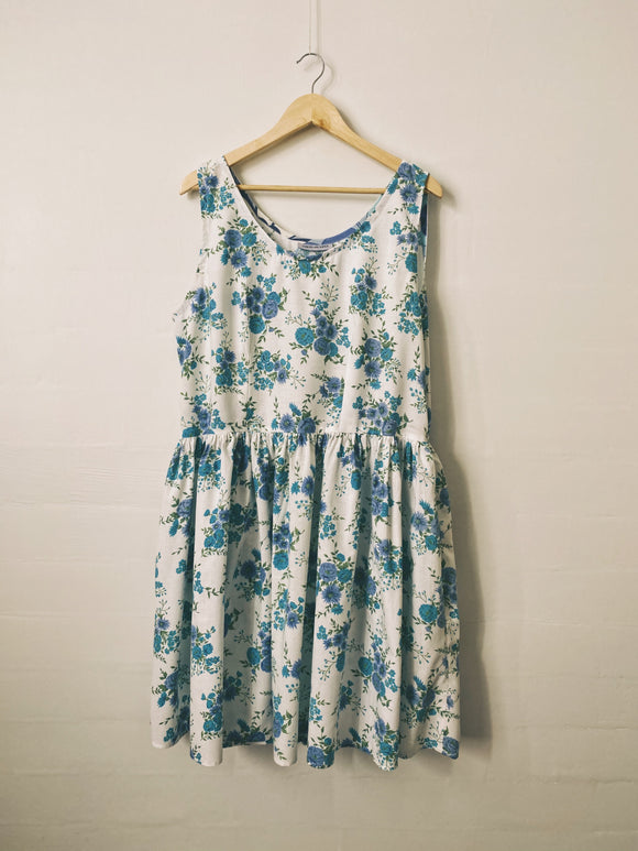 Down The River Dress - Size 20