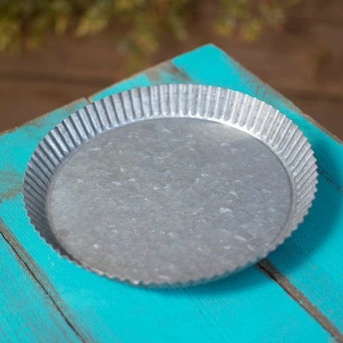 Vintage Platter, 8.75 in wide, 1.5 in tall, Tart Tin, Galvanized Metal