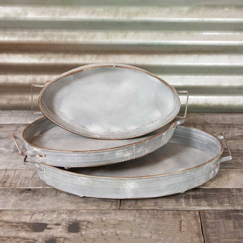 Vintage Platter, 10.75 in. Diameter, Rustic Tart Tin, Galvanized Metal