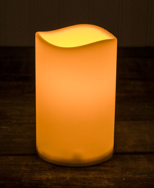 LED Pillar Candle with Flickering LED flame