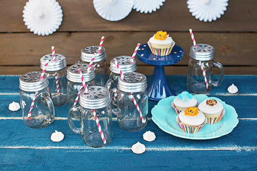 Take the easy route to party planning: pair our 24-pack of Mason jar mugs with color-coordinated straws with melamine plates and platters (sold separately) ... they're the perfect solution for absolutely any theme!