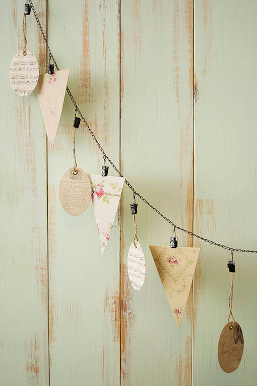 Hang our beautiful Victorian-inspired gift tags and bunting flags for a stunning vintage garland!