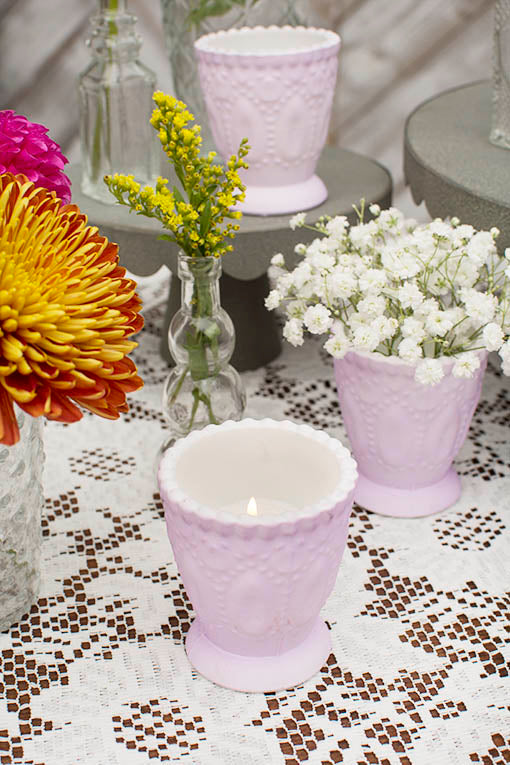 Place a tea light candle in this vessel and arrange the table with a lace tablecloth and our clear glass decor for a shabby inspired tablescape.
