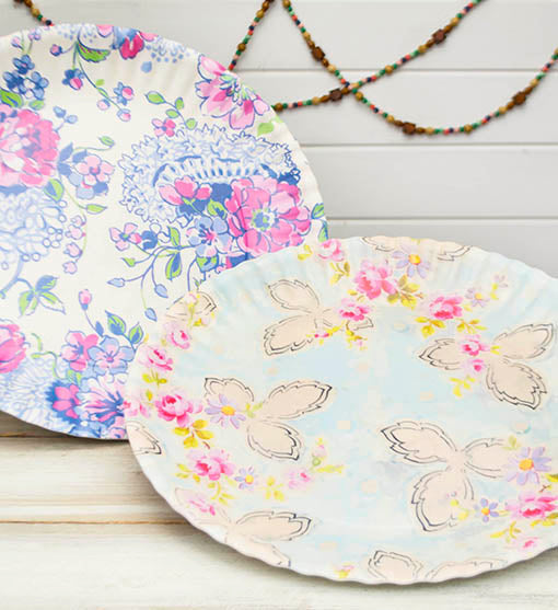 Use these food safe plates for hors doeuvres at your shabby styled wedding reception, or place each tray on a cake stand for exceptional table decor.