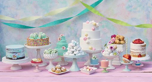 Complete your vintage or shabby styled wedding, bakery or event with our cake and candy displays!