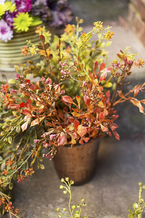 Copper, rose gold and the dusty tones of autumn create an organic botanical centerpiece for any event or room in your home!
