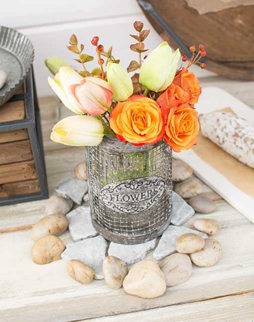 Use these slate stones with our natural rock vase fillers as a mat for our flower vases filled with decorative tulips.