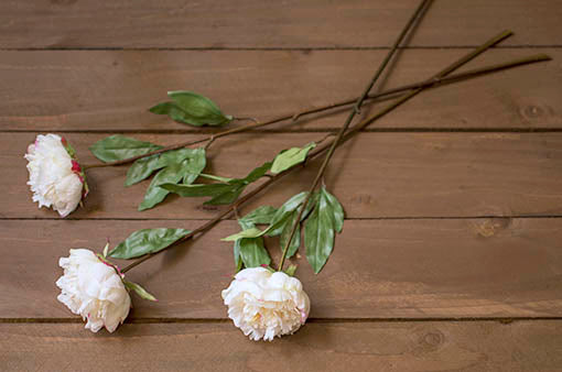 Easily use this faux botanical over and over again at events and year round in your decor as the flowers stay forever in bloom.