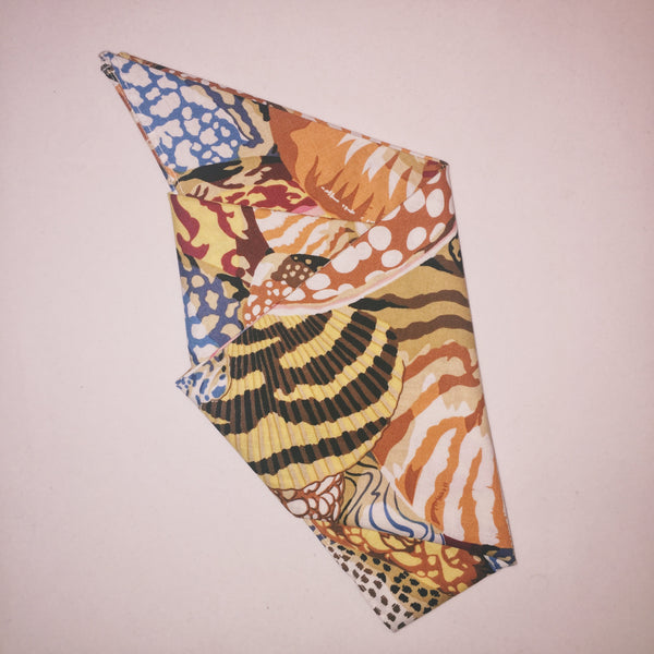 "21.5"" Huge Shells Bandana"