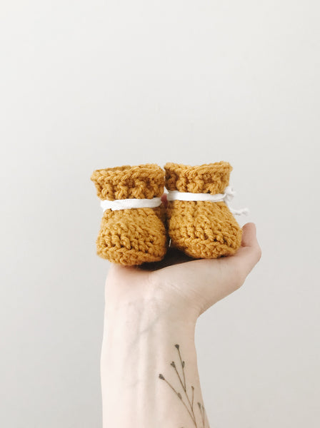 'Classic Goldenrod' Slippers // Baby