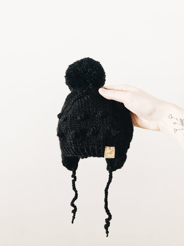 Knit Bobble Hat // Black // 0-6m // RTS