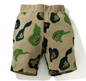 BAPE DEF CAMO WIDE SWEAT SHORTS.        29/APR