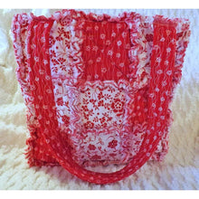 Red And White Floral Rag Quilt Tote