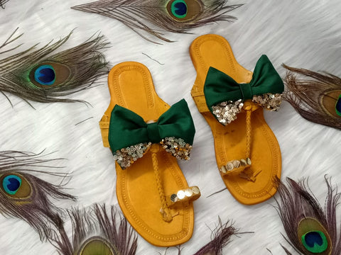 PF Fashion Kolhapuri With Green Bow - Ambitionmart