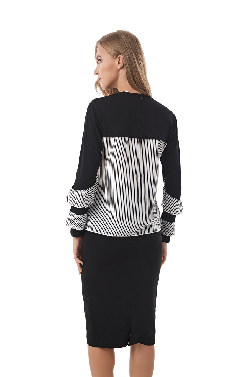 Knitted fabric t. shirt top with contrast Bk & White stripe detail 2910 - MissFinchNYC