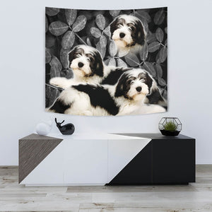 Lovely Polish Lowland Sheepdog On Black Print Tapestry-Free Shipping - Deruj.com