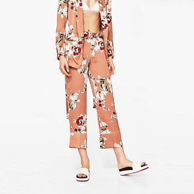 Medium Rise Straight Cut Unique Floral Print Pants
